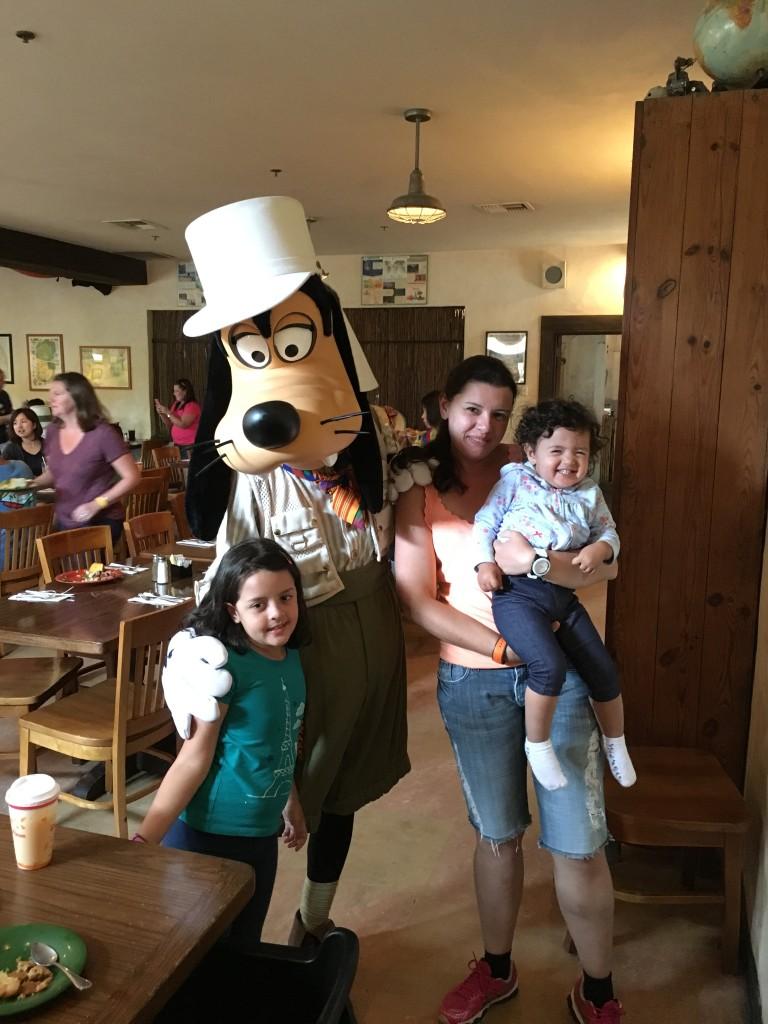 Dicas disney com bebê almoço no tusker house