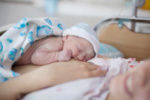 diferença entre parto normal e cesárea