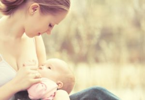 As coisas que as mães sentem após o parto
