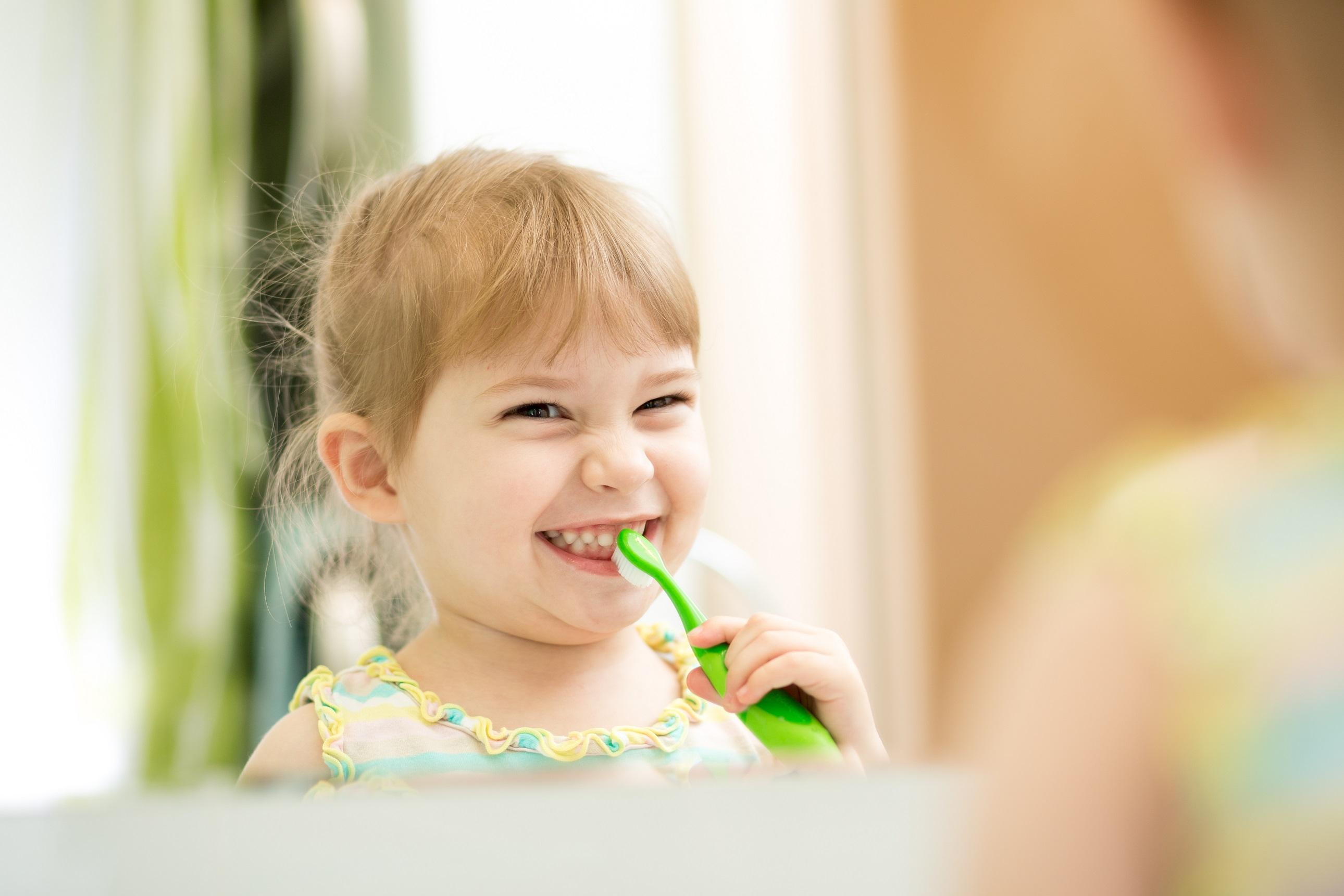 quando levar o bebê ao dentista pela primeira vez