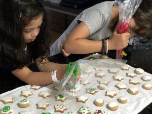 Receita de biscoito de Natal para fazer com as crianças