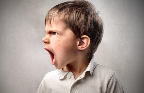 como ensinar a criança a lidar com a frustração