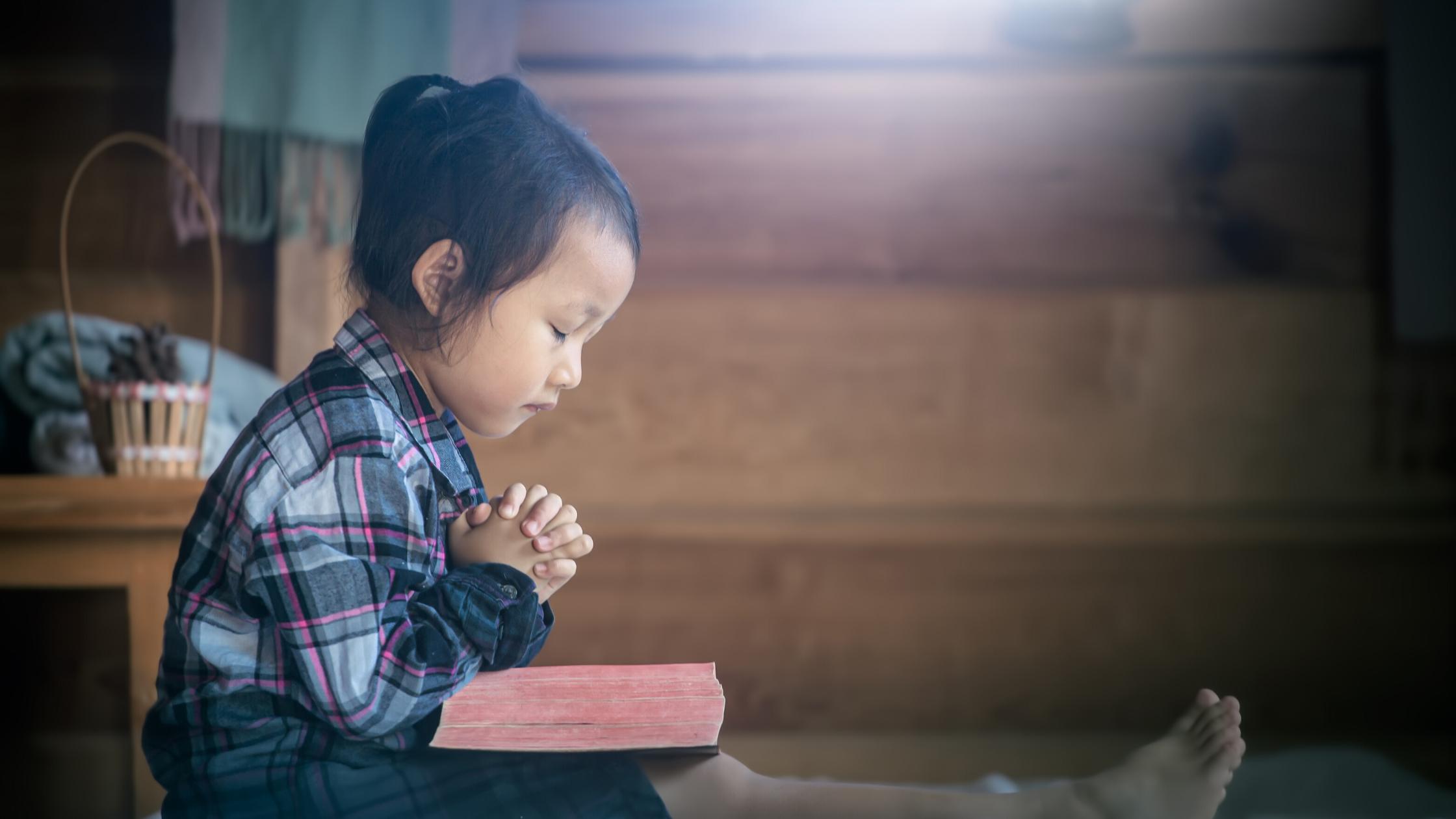 crianças precisam de Deus